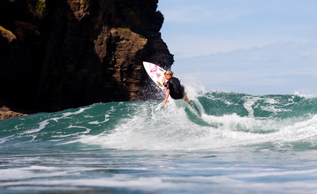 Reigning NSSA Natinal Champ and a big contributor for the USA team Lakey Peterson off the top.