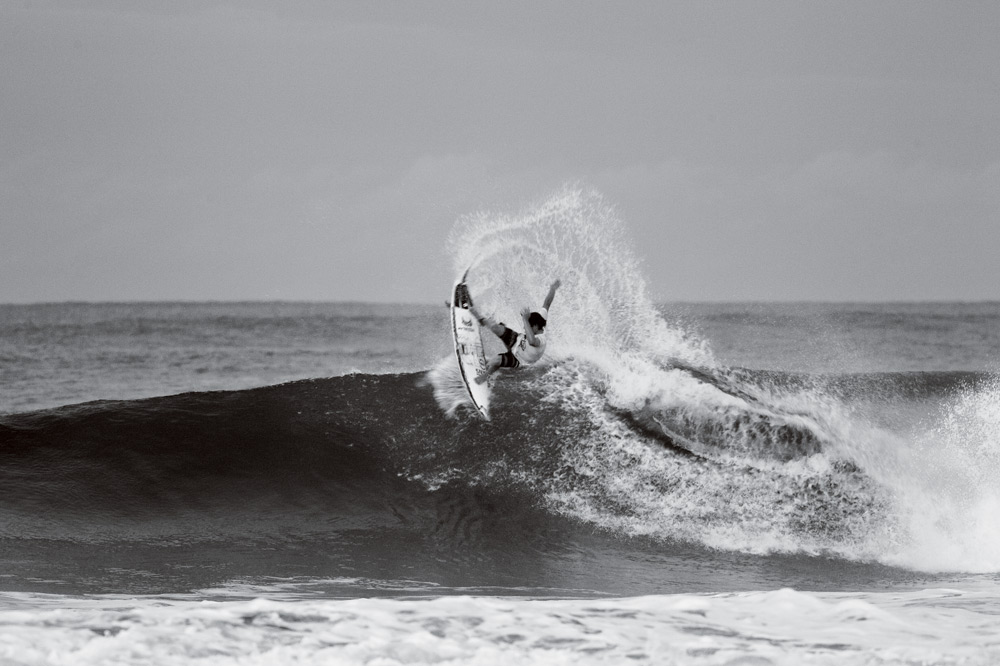 Andrew Doheny, drying out his fins. Photo: Glaser