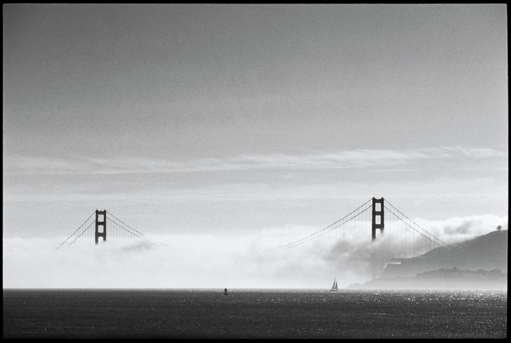 Although there are certainly advantages for a sponser to hold an event in a major city, spectators wont find the same eye-candy waves in San Francisco and New York that they've grown to expect from the Tour's most prestigious stops. Photo: Ellis