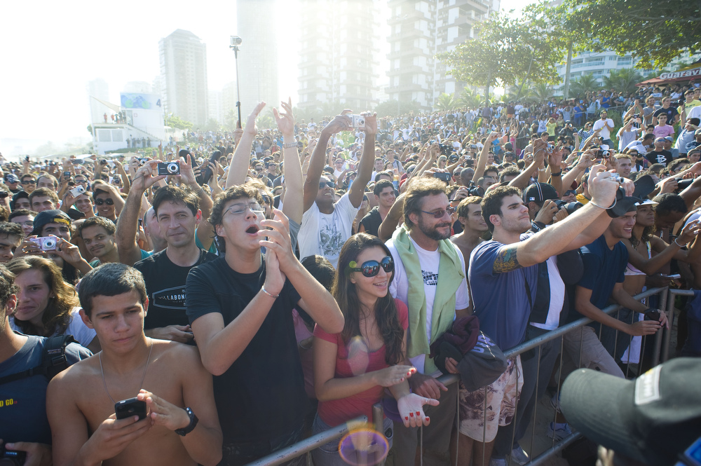 Thousands of fans gathered on the beach at Barra da Tijuca to see their countrymen win the event. Photo: Miller