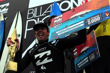 """""""My mentor, Richard Schmidt, came to Peru in the early 80's and he told me about this great big wave.  I have dreamed about surfing Pico Alto. Today, I feel really proud to have won my first Big Wave World Tour event here in Peru"""", said Peter Mel. Photo: Quiksilver"""
