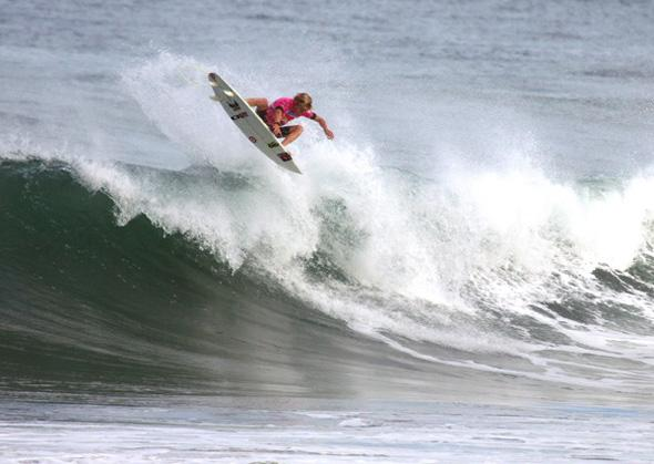 A regular at the ISA World Junior Surfing Championship, recent addition to the ASP World Tour top 32, Kolohe Andino (USA). Above, Andino in New Zealand 2010. Photo: ISA/CPL.
