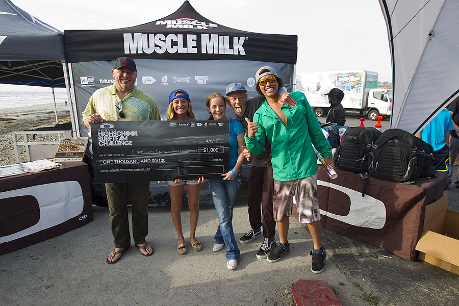 Winners of the Oakley High School Challenge spirit award, La Costa High and Granite High. Photo: Ellis