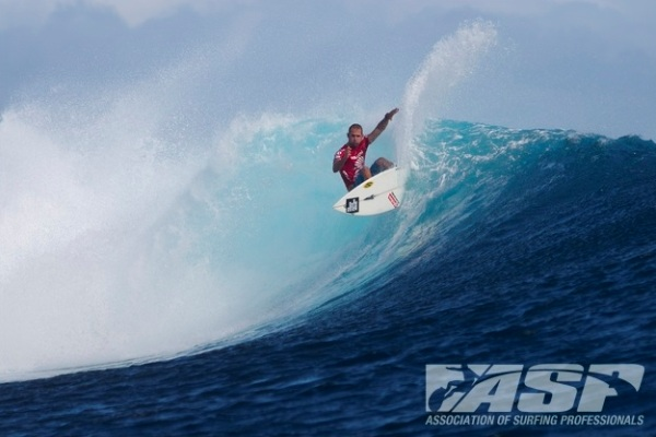 CJ Hobgood, perfectly in rhythm with the tricky conditions at Restaurants. Photo: ASP