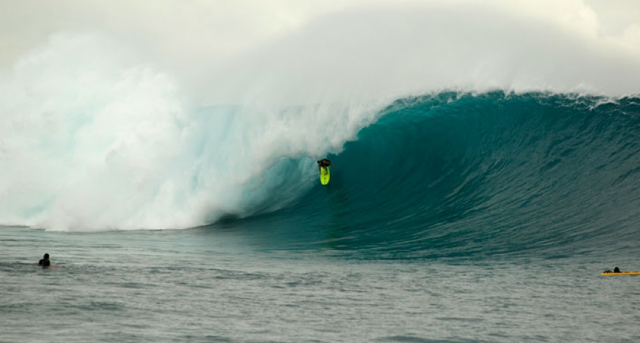 Dave Wassel on what Alex Gray dubs the wave of the day at Cloudbreak. Photo courtesy of Volcom Fiji Pro