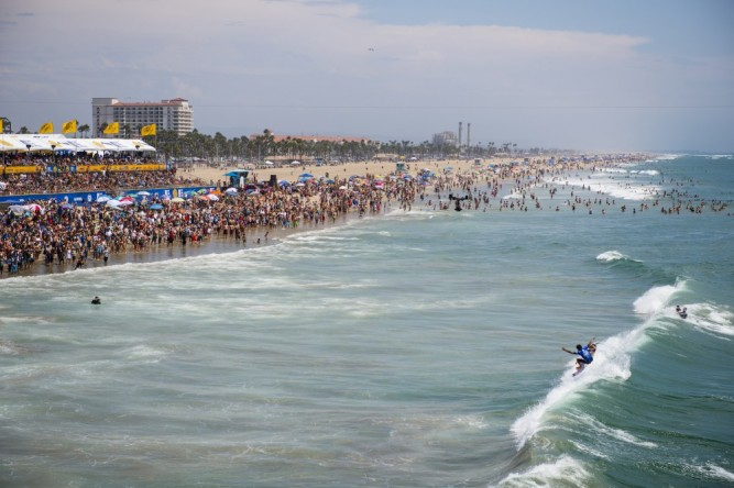 2014_08_03_Filipe_Toledo_HuntingtonBeach_JustesJUS_0735-1000x667