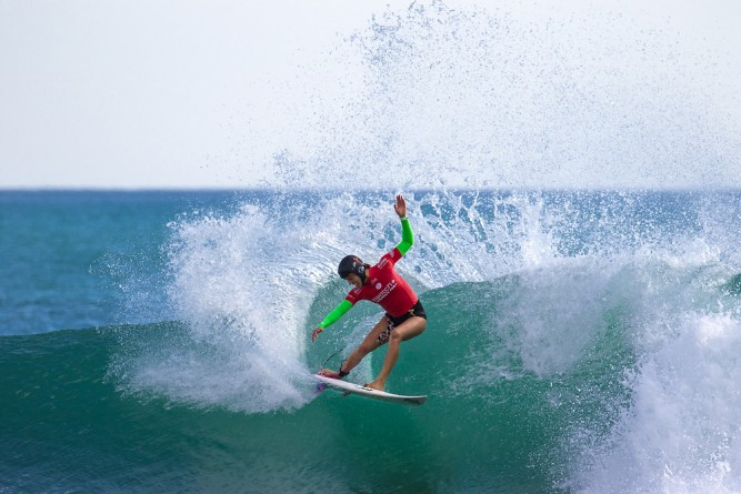 The world belongs to Sally Fitzgibbons' helmet and we're all just paying rent. Photo: Taras