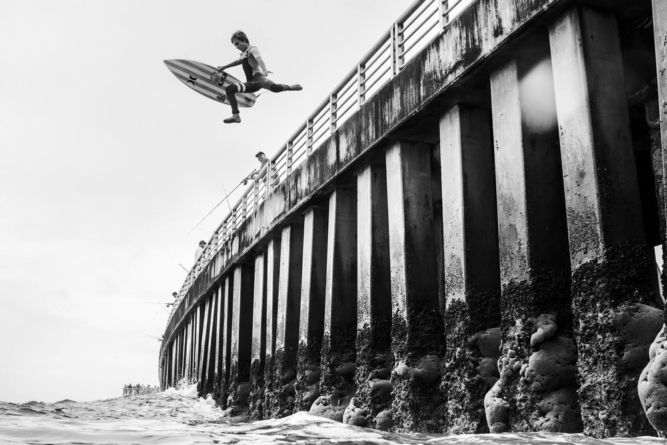 Photographer: Nathaniel Harrington Red Bull Illume 2016 Category: Lifestyle Athlete: Blake Speir Location: Sebastian Inlet, Florida, USA